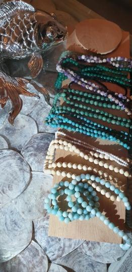 Jewellery for sale (necklaces, bracelets, rings, semi precious stones jewellery, earrings)