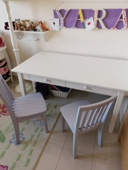 Pottery Barn Kids Carolina playtable and chairs