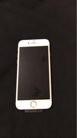 Rose gold Iphone 64GB