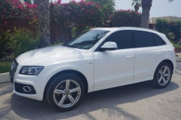 Audi Q5 2.0T SLine Quattro/GCC/Expat Lady Driven/FullyLoaded/Serviced at Al Nabooda/PanoramicSunroof