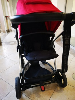 mamas and papas Sola push chair With carry cot