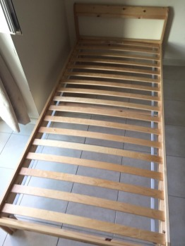 Neiden bed 90x200cm with Luroy slatted bed