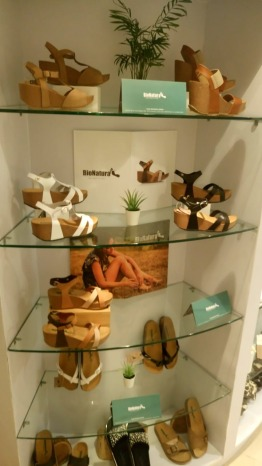 brand new italian stylish leather medical sandals