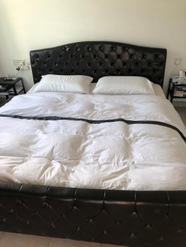 King size bed with matters