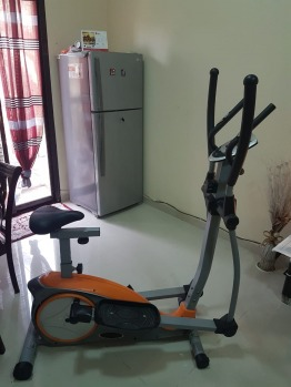 Cardiofitness exercise machine
