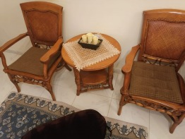 Arm chairs with coffee table
