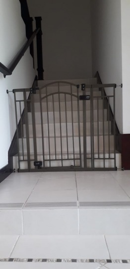 Kids safety gates