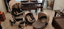 3 in 1 Malibu xl stroller with free baby carrier