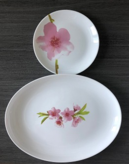 Cups and saucers with Luminarc plates and platter