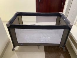 Chicco - Goodnight Playard - Portable Crib