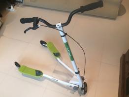 Scooter - Fliker