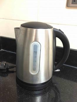 Black & Decker electric kettle