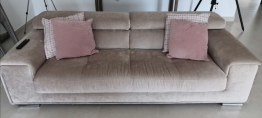 3 & 2 Seater Sofa – 3 seater (900 AED) / 2 Seater (800 AED)