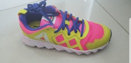 Reebok exocage athletic shoes for girls size 2.5US 2UK