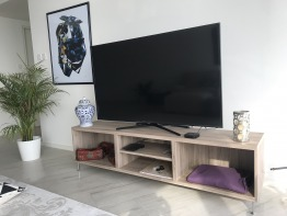 "Samsung 58"" Smart TV"