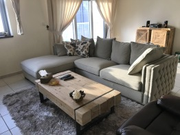 Luxurious Living Room Furniture (Lightly used)