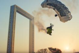 Screengrab Youtube: XDubai Expo2020 Stunt Video