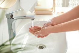 5 Tips to Relieve Dry Hands From COVID-19 Handwashing