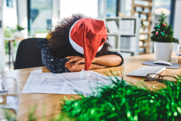 Tips to Beat the Holiday Blues, According to a Psychiatrist