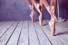 The Importance of Demi Pointe Shoes in Ballet