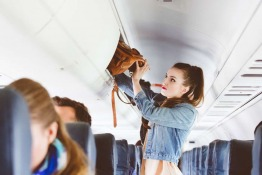 7 Essential Tips for Avoiding Germs and Staying Healthy While Traveling