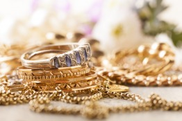 Jewellery and paintings under home insurance