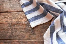 Using tea towel for exercising