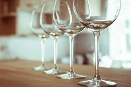 Alcohol in Saudi Arabia: A Complete Guide