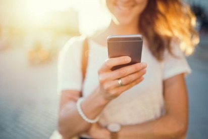 UAE Residents' Phone Carrier Name Changed Again