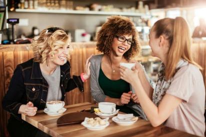 Meet Expats Living In Oman At The Phoenix Ladies Coffee Mornings