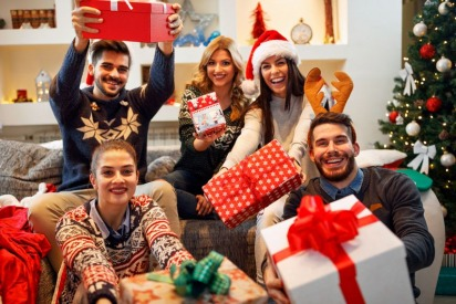 Tips on How to Celebrate the Holidays While Living in Dubai