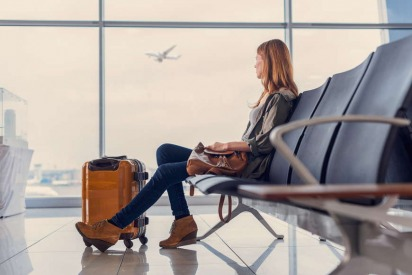 Tips on How to Overcome the Common Fears of Moving Overseas Alone