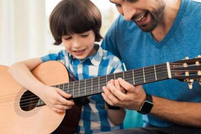Offer: Register at Melodica and Get a Free Guitar, Violin or a Keyboard