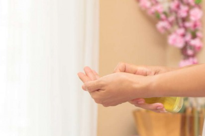 Review: Aromatherapy At Koster Clinic With Nicole Flasser