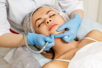 Review: Radio Frequency Facial Rejuvenation
