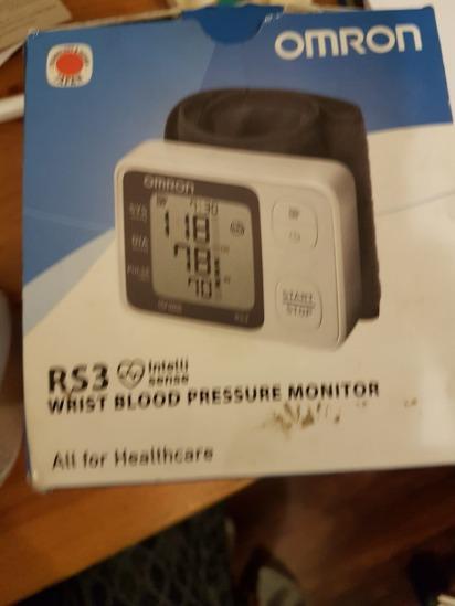 Omron RS3 Intelli Sense Wrist Blood Pressure Monitor