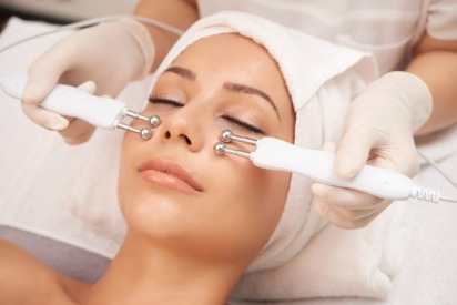 Celebrate IWD With 10% OFF Beauty Packages at This Dubai Clinic