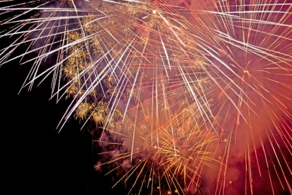 Fireworks in Dubai and Abu Dhabi for Saudi National Day
