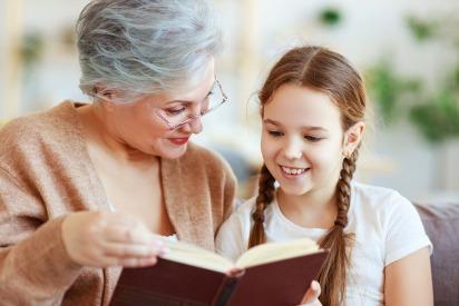 10 Ways Grandparents can Help Their Grandchildren Financially