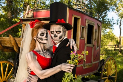 7 Matching Costume Ideas for Couples