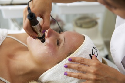 HIFU Treatments in Dubai at Dr. Kamil Al Rustom Skin & Laser Centre