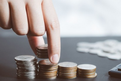 Tips on How to Save Dirhams When Selecting an Insurance Plan