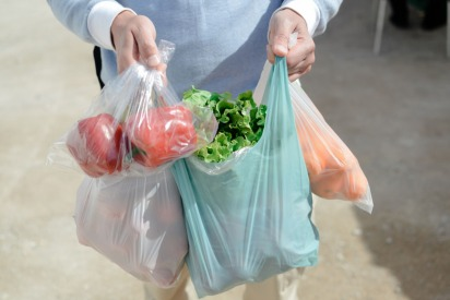 Why Qatar Won't Have Plastic Shopping Bags on Tuesdays