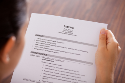How to Make Your Resume Stand Out in Dubai