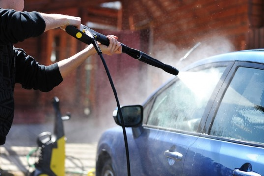 3 Simple Car Cleaning Tips to Achieve Professional-Grade Car Wash
