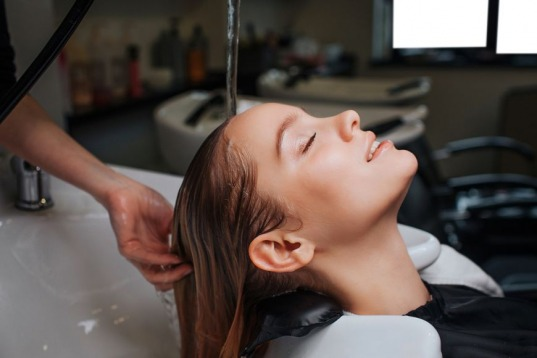 Offer: Buy One Get One Free Session of Oxygen Head Spa