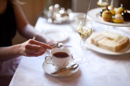 Afternoon tea with Kaya Skin Clinic