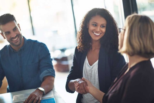 4 Ways to Network as an Expat