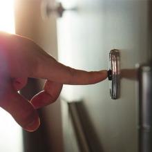 7 Hi-Tech Doorbells to Take Your Front Door to the Next Level