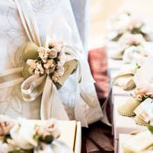 13 Gifts Ideas if You're Attending a Summer Wedding